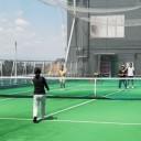 大人のテニスレッスン風景